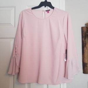 Vince Camuto ruffle sleeve blouse 1X
